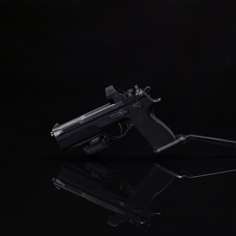 Brace open Pistol